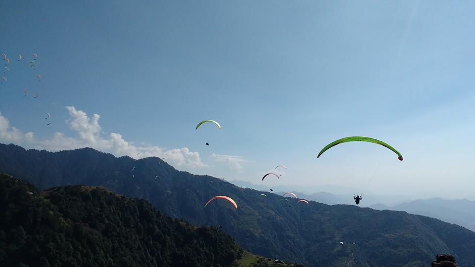 45-60 min Long paragliding Session in Bir Billing
